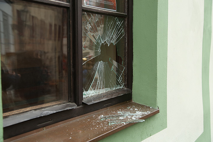 A2B Glass are able to board up broken windows while they are being repaired in Haggerston.
